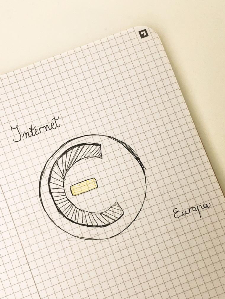 Una combinazione tra il simbolo del copyright e dell'euro